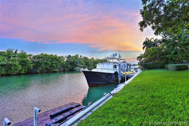 Key Biscayne Waterfront home - pines canal